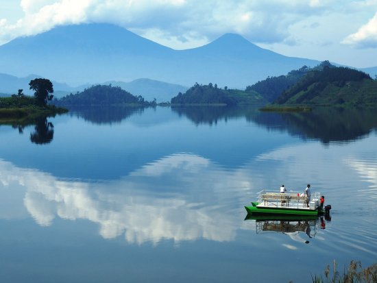 Lake Mutanda Holidays